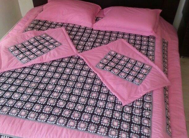 صور مفارش سرير كروشيه للعرايس