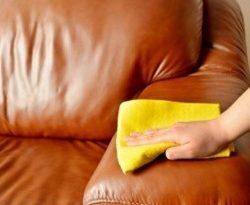 كيفية تنظيف الكنب الجلد