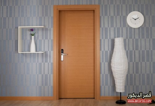 باب غرفة نوم خشبي