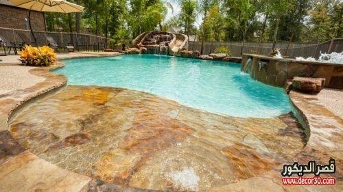حمامات سباحة حجر