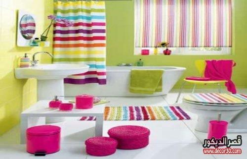 ديكورات حمامات بعدة ألوان