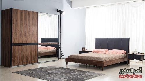 غرف نوم باللون البني المحروق