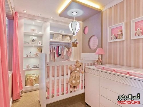 Cute baby girl nursery room decor for small space